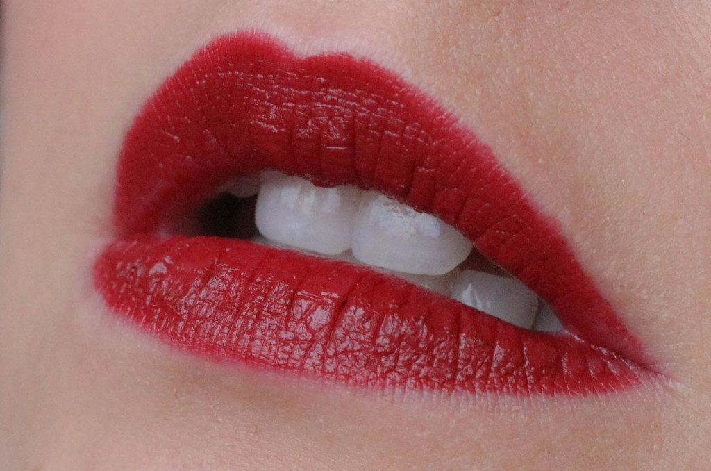 Velours Lovers Lip Colour