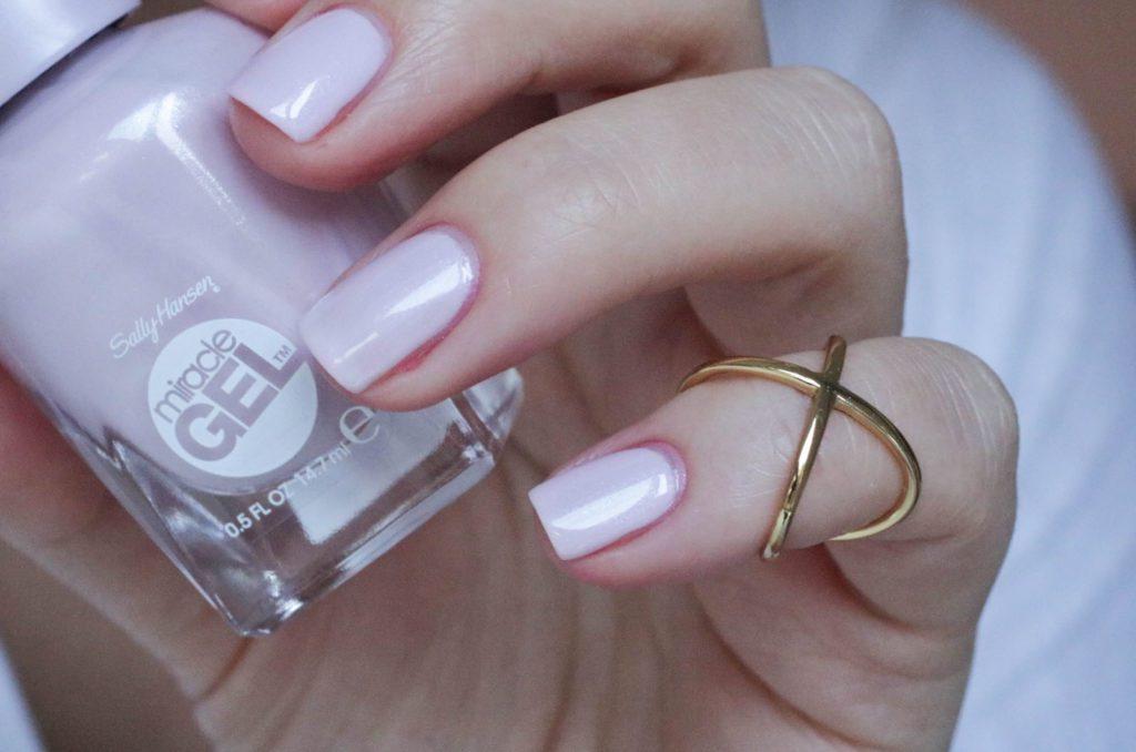 Sally Hansen Royal Splenders Plush Blush1