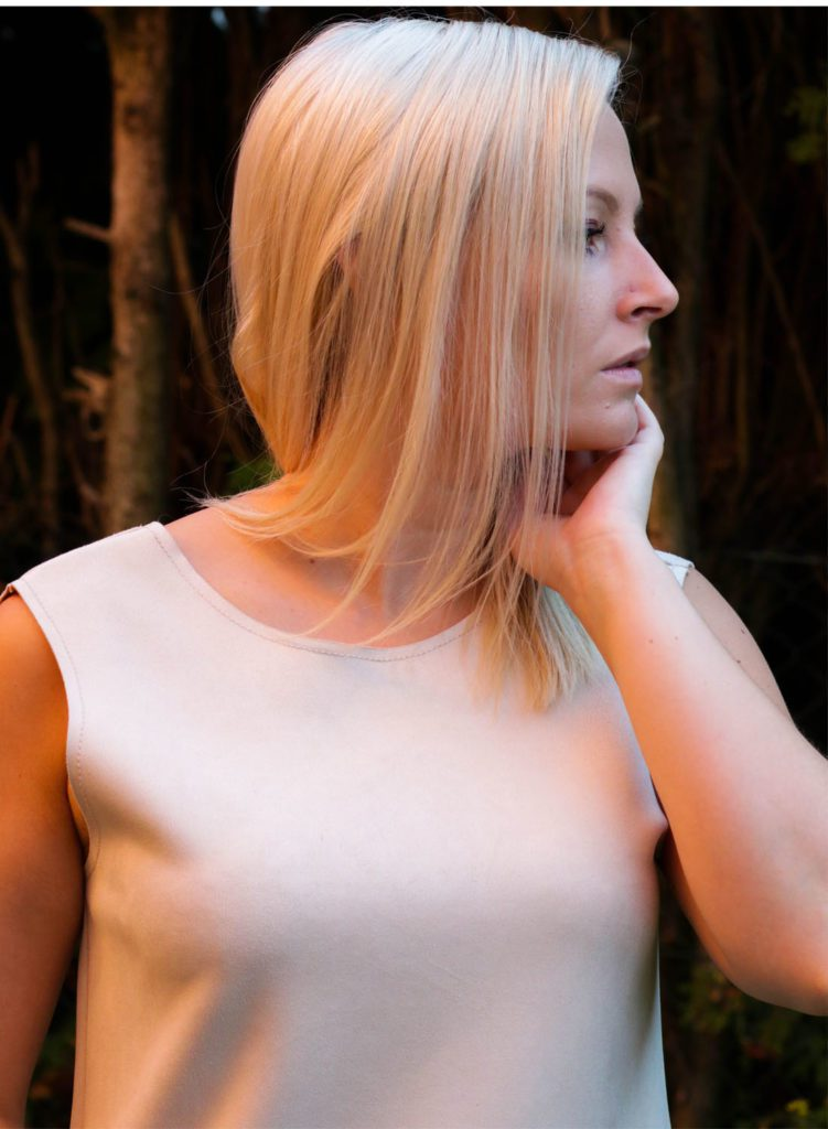 minimal-style-beige-dress2