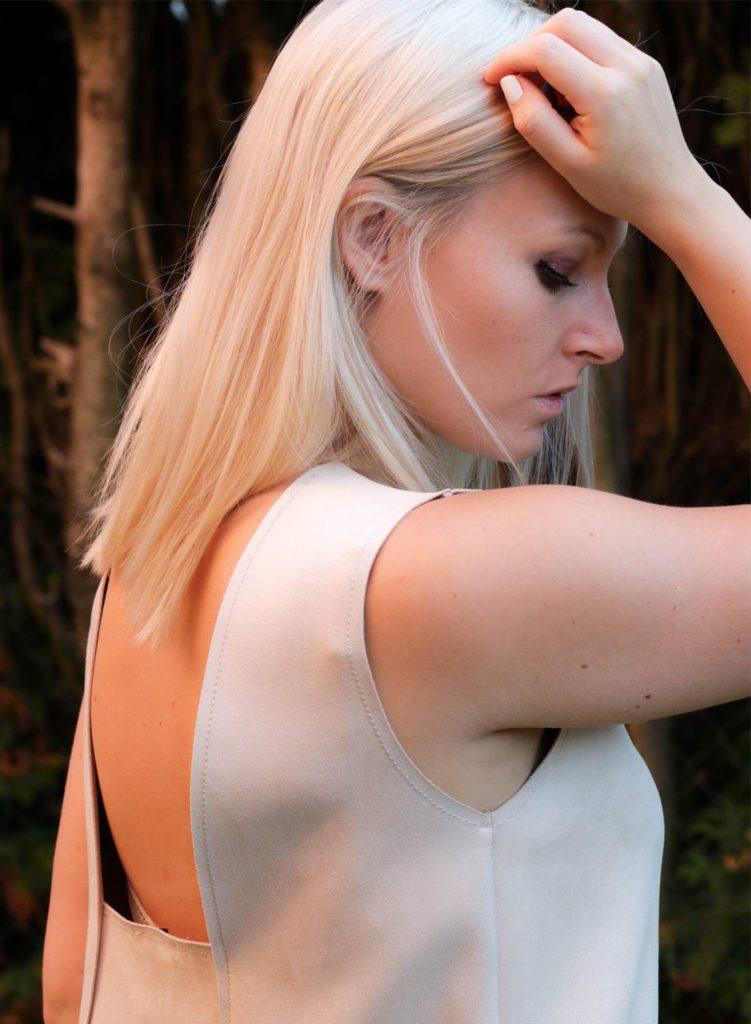 minimal-style-beige-dress5