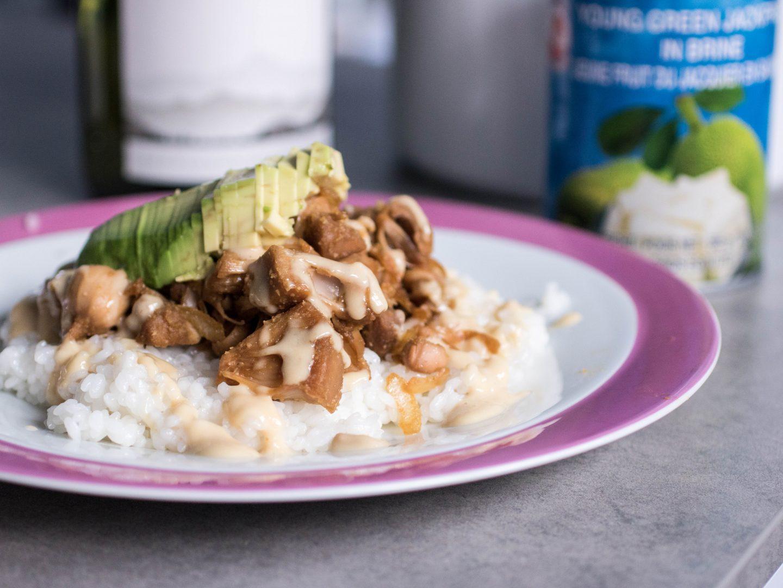 Jackfruit Teriyaki mit veganer Mayonaise