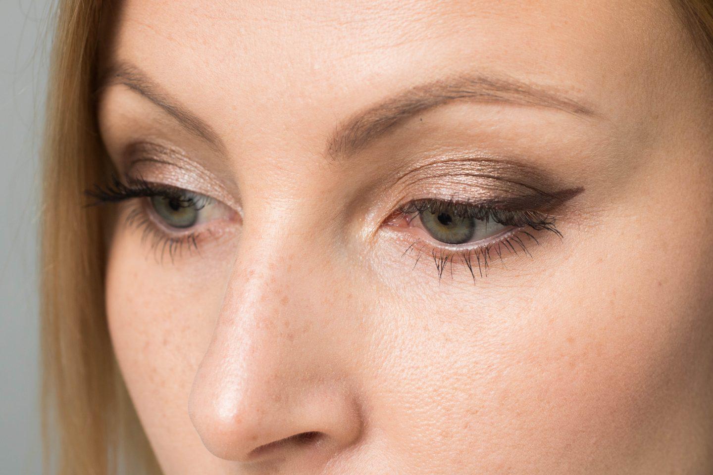 Manhattan cosmetics Make up Look